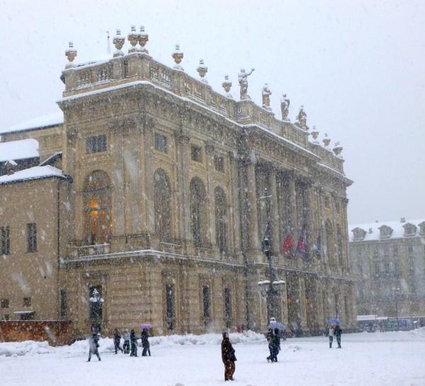 Neve su Palazzo Madama. Foto di Paolo Barosso
