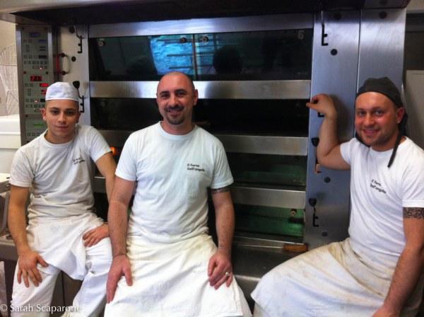 Ivan, Luca e Marco davanti al forno