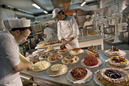 Calise: il laboratorio di pasticceria