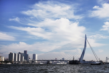 Erasmusbrug_Rotterdam_1531x1020px_J