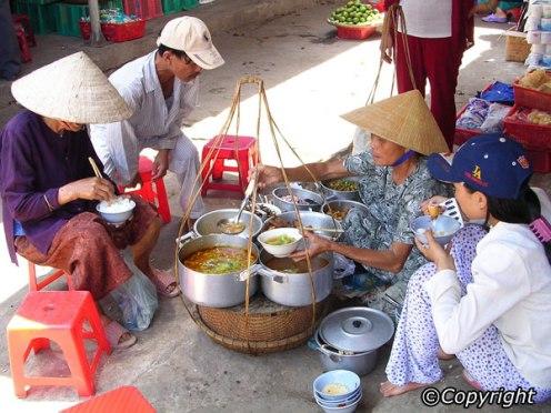 Viet Nam-street-food