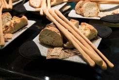 Il pane servito sulla beola