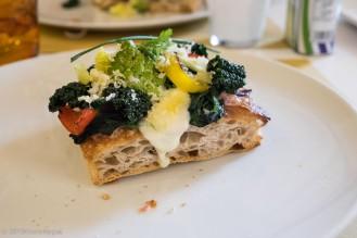 La Croccante con verdure di stagione, pancetta e scaglie di Castelmagno