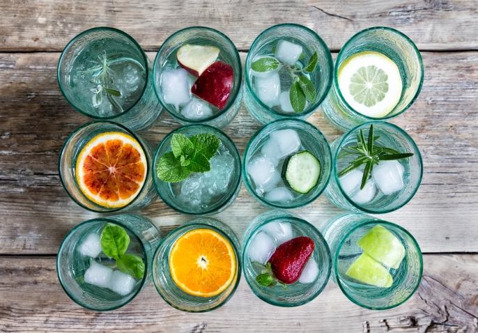 galvanina-glasses-with-fruit