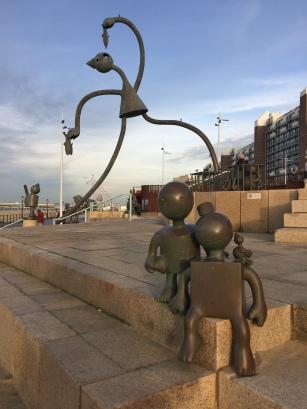 Le opere d'arte lungo la spiaggia di Scheveningen