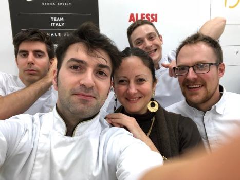Insieme al Team Italia del Bocuse d'Or dopo una giornata di allenamento ad Alba